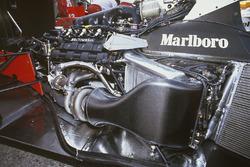 Motor Honda RA168E V6 turbo en el chasis McLaren MP4/4