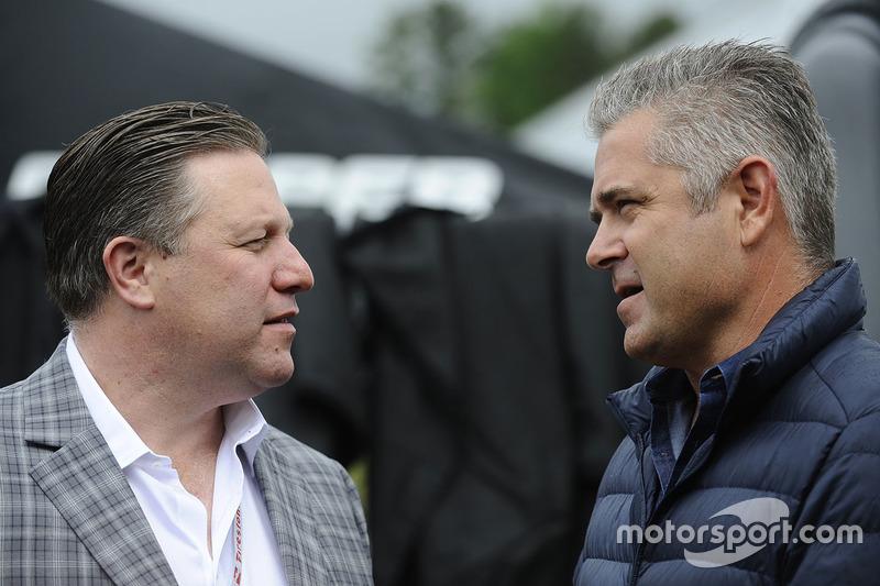 Zak Brown, McLaren CEO, Gil de Ferran