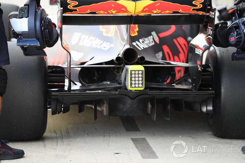 Задня частина Red Bull Racing RB13 Макса Ферстаппена