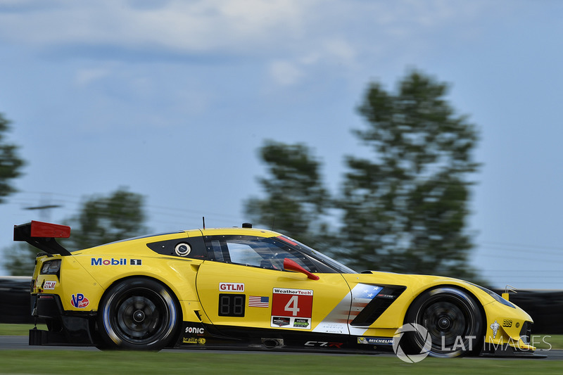 #4 Corvette Racing Chevrolet Corvette C7.R: Олівер Гевін, Томмі Мілнер
