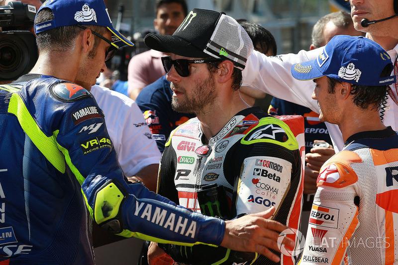 Друге місце Валентино Россі, Yamaha Factory Racing, Кел Кратчлоу, Team LCR Honda, третє місце Дані П