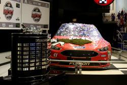 Auto von Kurt Busch, Stewart-Haas Racing, Ford