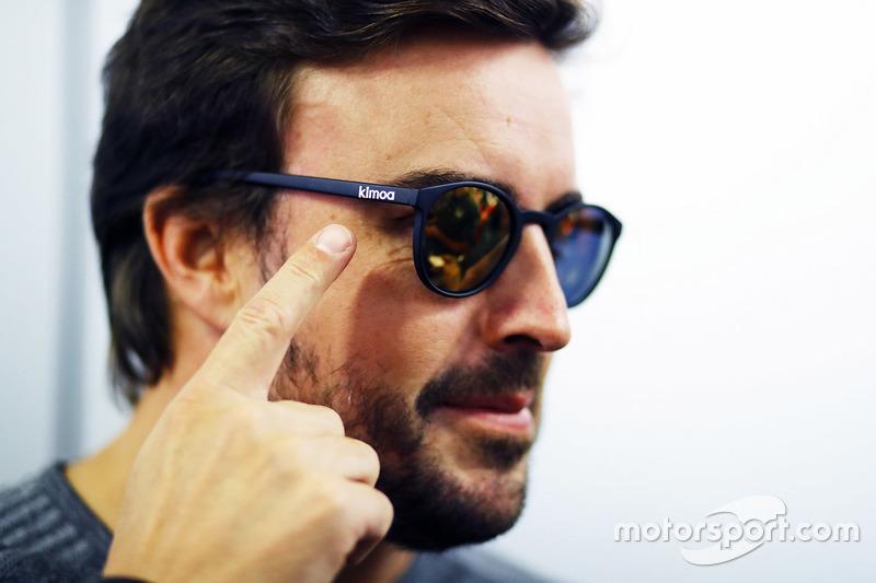 Fernando Alonso wearing Kimoa sunglasses
