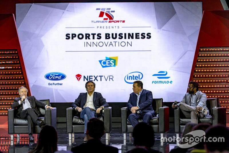 Jean Todt, Presidente, FIA, Alejandro Agag, Fórmula E CEO, Zak Brown, Presidente de Motorsport Netw