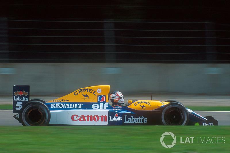 Ao todo foram nove vitórias para o inglês naquela temporada, o que era um recorde absoluto para a F1 da época.