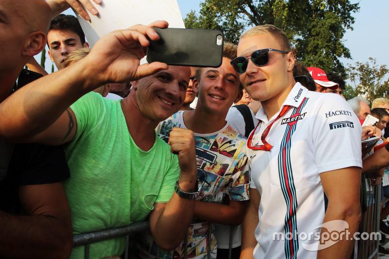 Valtteri Bottas, Williams taraftarlar ile