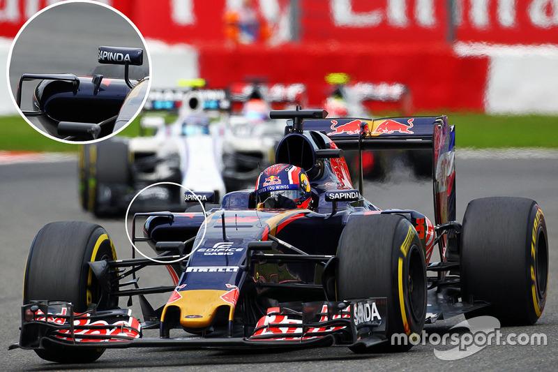 Carlos Sainz Jr., Scuderia Toro Rosso STR11 detail van de sidepods
