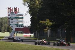 Maximilian Günther, Prema Powerteam Dallara F312, Mercedes-Benz; Harrison Newey, Van Amersfoort Raci