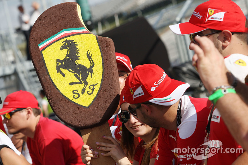 A Ferrari fan's ice cream