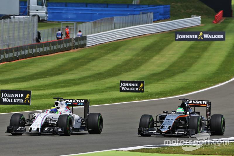Felipe Massa Williams FW38 and Nico Hulkenberg, Sahara Force India F1 VJM09 battle for position