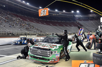 Christopher Bell, Kyle Busch Motorsports, Toyota Tundra Hunt Brothers Pizza, makes a pit stop.