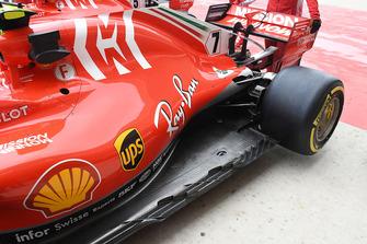 Vue détaillée du fond plat de Ferrari SF71H