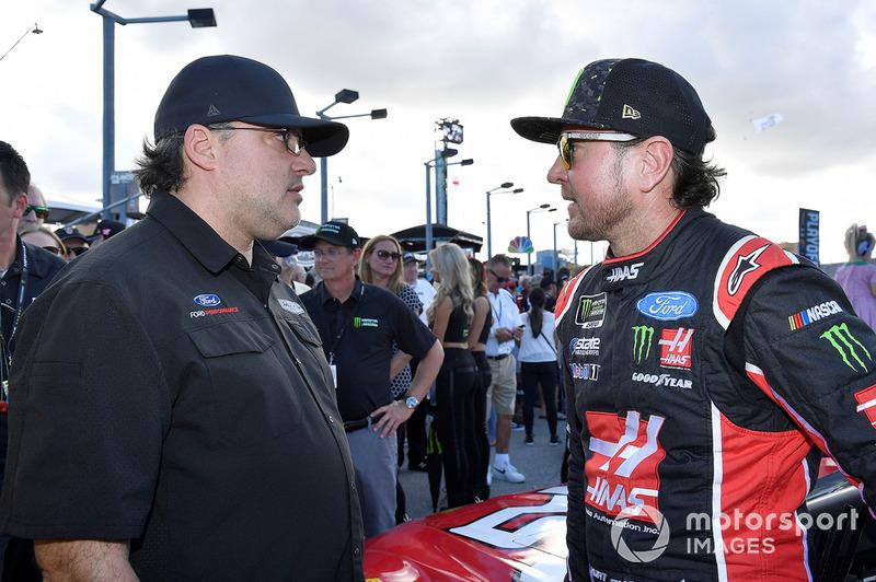 Kurt Busch, Stewart-Haas Racing, Ford Fusion, mit Tony Stewart