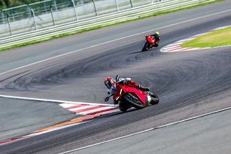 Allesandro Valia, Ducati Panigale V4 S