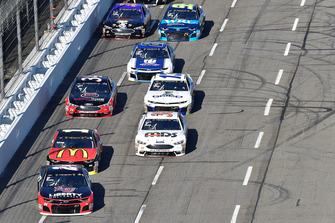 William Byron, Hendrick Motorsports, Chevrolet Camaro Liberty University, Jamie McMurray, Chip Ganassi Racing, Chevrolet Camaro McDonald's