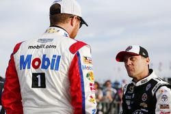 Brian Vickers, Stewart-Haas Racing Chevrolet, Kevin Harvick, Stewart-Haas Racing Chevrolet