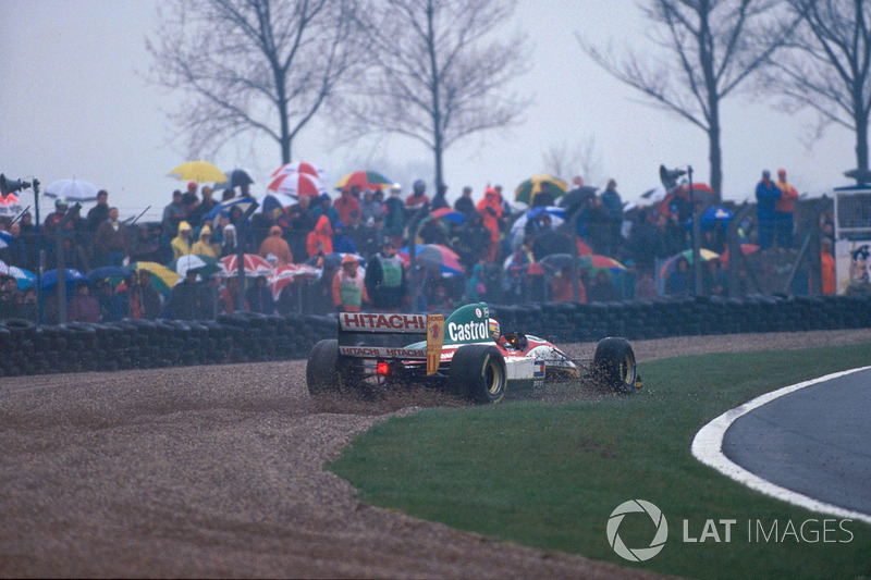 Alessandro Zanardi, Lotus 107B dans les graviers