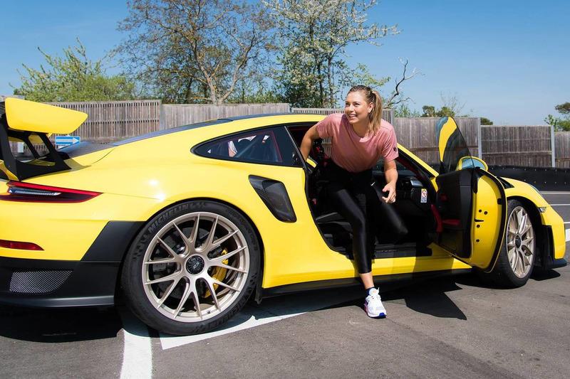 Autó Mark Webber és Maria Sharapova is meghajtotta a Porsche 911 GT2 RS-t