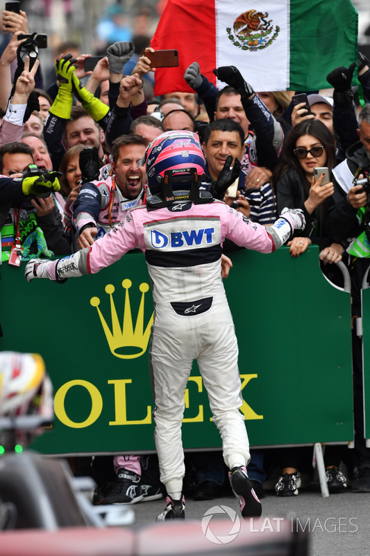 Sergio Pérez, Force India celebra en parc ferme