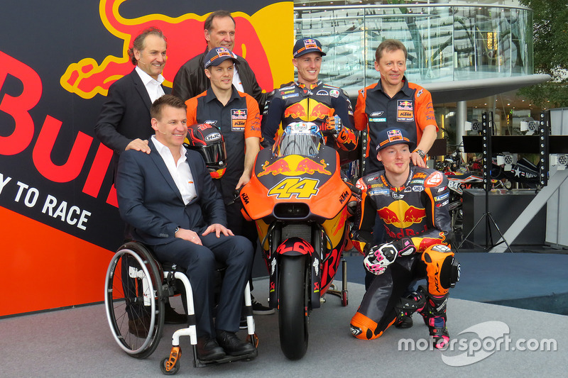 Pit Beirer, KTM Head of Motorsport, Mika Kallio, Pol Espargaro, Bradley Smith, Hubert Trunkenpolz, Members of Board KTM, Mike Leitner, Team manager Red Bull KTM Factory Racing