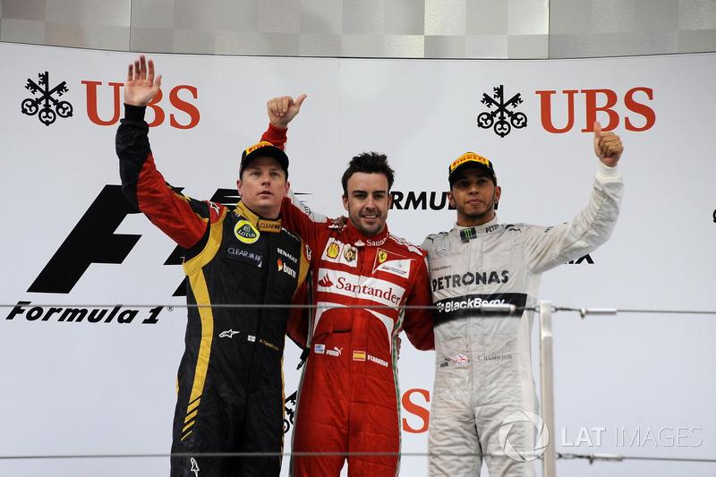 2013. Подіум: 1. Фернандо Алонсо, Ferrari. 2. Кімі Райкконен, Lotus. 3. Льюіс Хемілтон, Mercedes