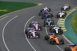 Sergio Perez, Force India VJM11 and Stoffel Vandoorne, McLaren MCL33 at the start of the race