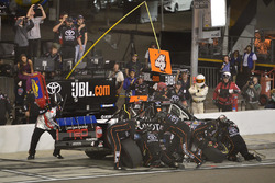 Christopher Bell, Kyle Busch Motorsports Toyota pit stop, Sunoco