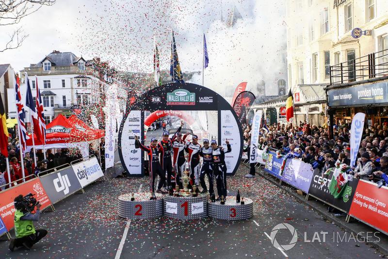 Podium: Winner Elfyn Evans, Daniel Barritt, Ford Fiesta WRC, M-Sport, second Thierry Neuville, Nicolas Gilsoul, Hyundai i20 WRC, Hyundai Motorsport, third Sébastien Ogier, Julien Ingrassia, Ford Fiesta WRC, M-Sport