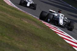 Marcus Ericsson, Sauber C37 Ferrari, Lance Stroll, Williams FW41 Mercedes