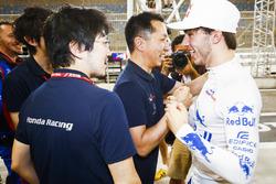 Pierre Gasly, Toro Rosso, festeggia il 4° posto con il suo team