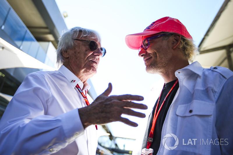 Берни Экклстоун и Жак Вильнев в паддоке Гран При Бразилии