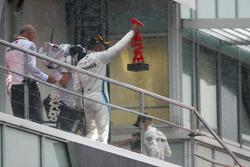 Подіум: переможець Льюіс Хемілтон, Mercedes AMG F1