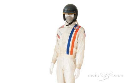 Steve McQueen Le Mans-i overálljának árverése