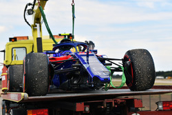 THe crashed car of Pierre Gasly, Scuderia Toro Rosso STR13 is recovered