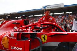 Sebastian Vettel, Ferrari SF71H, en la parrilla