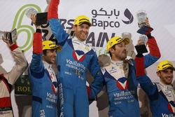 Podium LMP2: eerste plaats Julien Canal, Nicolas Prost, Bruno Senna, Vaillante Rebellion