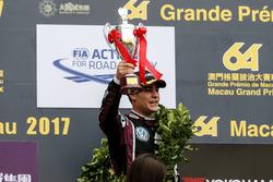 Podium: third place Sérgio Sette Câmara, Motopark with VEB, Dallara Volkswagen