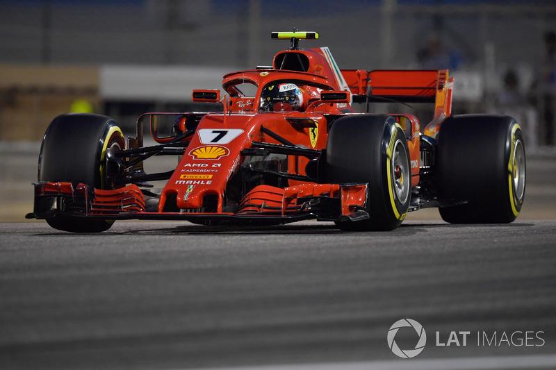 2: Kimi Raikkonen, Ferrari SF-71H, 1'28.101