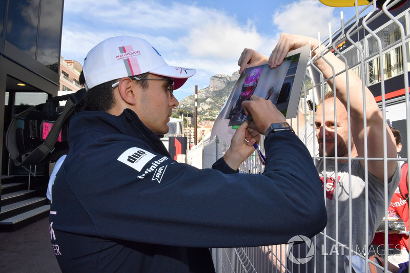 Esteban Ocon, Force India F1 signs autographs for the fans