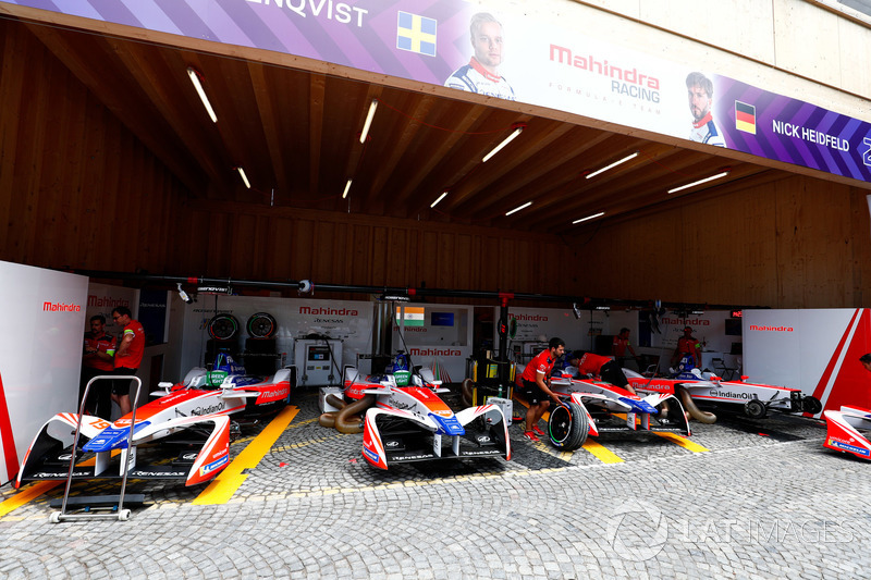 Garages of Felix Rosenqvist, Mahindra Racing, Nick Heidfeld, Mahindra Racing