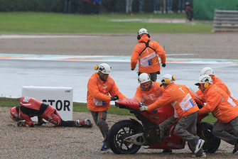 Aleix Espargaro, Aprilia Racing Team Gresini after crash