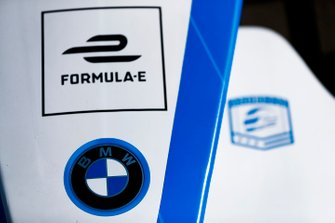 BMW logo on the nose of a BMW iFE.18