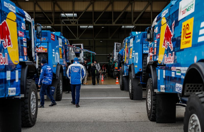 Dakar verificación de equipos
