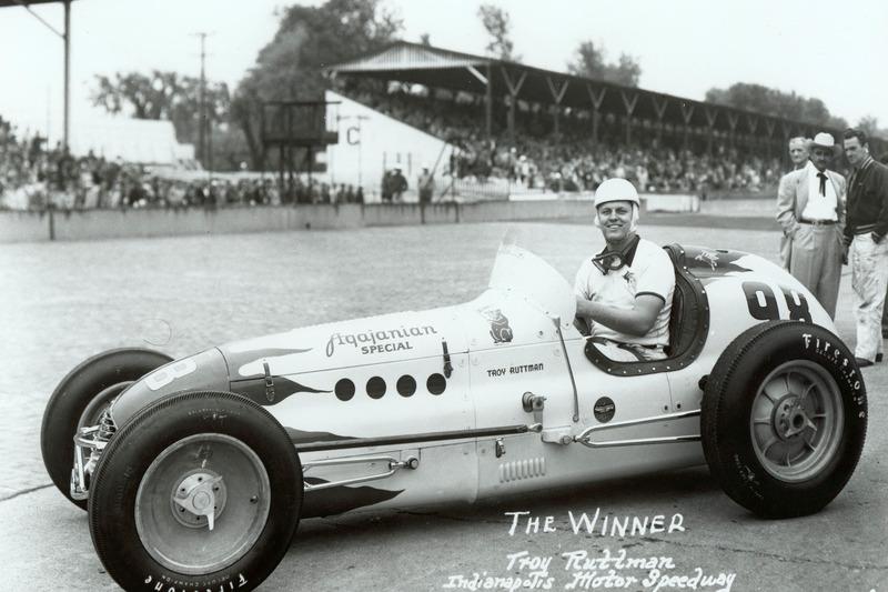 Трой Раттмен – самый молодой победитель Indy 500 в истории. В 1952 году он выиграл в Индианаполисе в возрасте 22 лет и 80 дней