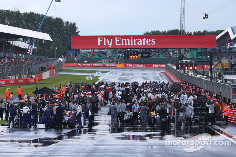 The Grid in the wet