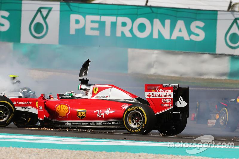 ... für Vettel ist in Runde 1 Feierabend: Startplatzstrafe für Suzuka