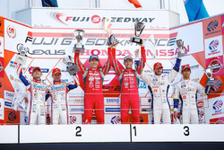 Podium GT500: race winners Tsugio Matsuda, Ronnie Quintarelli, Nismo, second place Heikki Kovalainen, Kohei Hirate, Team Sard, third place James Rossiter, Ryo Hirakawa, Team Tom's