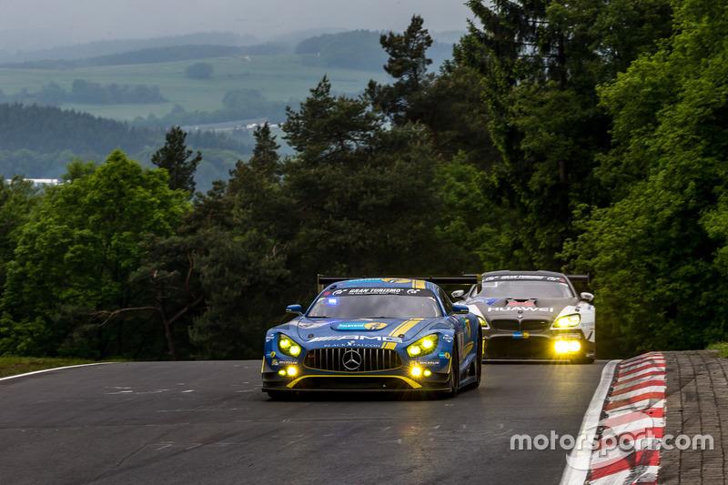 Mercedes en BMW domineren de aanvangsfase