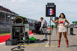 Grid Girl for Romain Grosjean