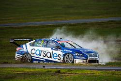 Todd Kelly, Nissan Motorsports runs out